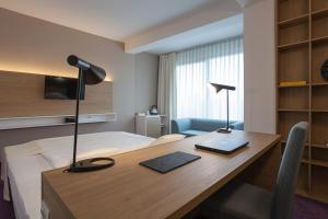 City Park Hotel, Hotels  Skopje - big - 7