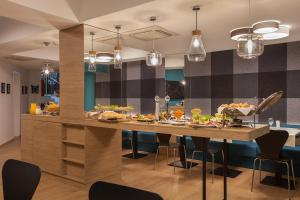 City Park Hotel, Hotels  Skopje - big - 47