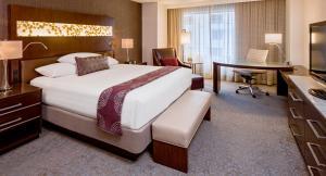 Rom Grand Club med king-size-seng
