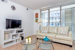 2BR Fully Furnished Apt in LA Downtown