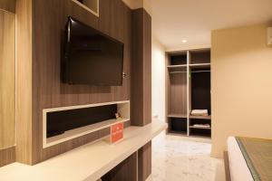 Standard Twin/Double Room