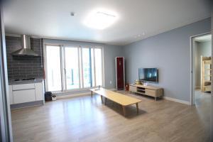 Namu Guesthouse & Pension, Гостевые дома  Yeosu - big - 11