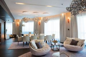 Penthouse Suite with Swiss Executive Club Lounge Access
