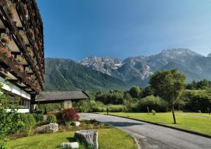 Kaysers Tirolresort – Wohlfühlhotel für Erwachsene, Hotels  Mieming - big - 15