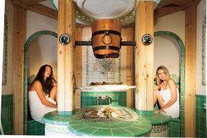 Kaysers Tirolresort – Wohlfühlhotel für Erwachsene, Hotels  Mieming - big - 27
