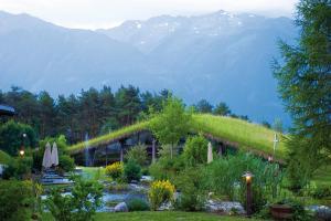 Kaysers Tirolresort – Wohlfühlhotel für Erwachsene, Hotels  Mieming - big - 33