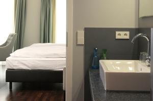 Hotel im Hof, Hotely  Mnichov - big - 11