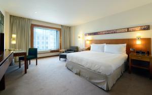 Rom Standard med king-size-seng