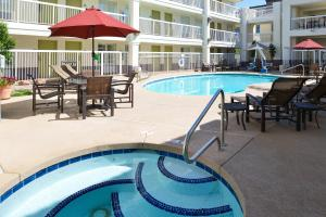 Red Lion Inn and Suites Phoenix-Tempe - ASU