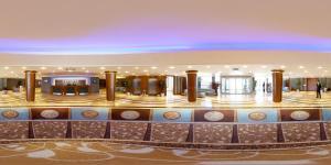 大努尔广场酒店
