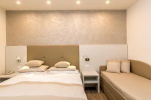 Hotel Touring, Hotels  Lido di Jesolo - big - 77