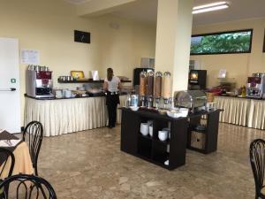 Hotel Beau Soleil, Отели  Чезенатико - big - 28
