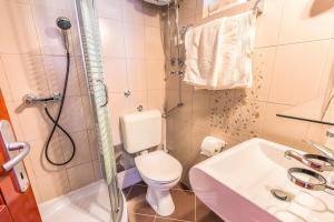 Villa Roses Apartments & Wellness, Apartmanok  Ičići - big - 145