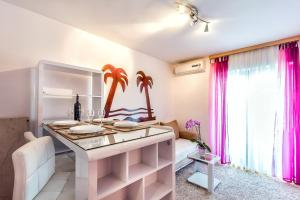 Villa Roses Apartments & Wellness, Apartmanok  Ičići - big - 108