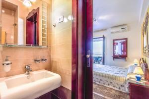 Villa Roses Apartments & Wellness, Apartmanok  Ičići - big - 97
