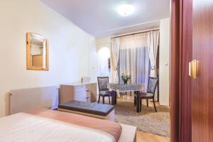 Villa Roses Apartments & Wellness, Apartmanok  Ičići - big - 158