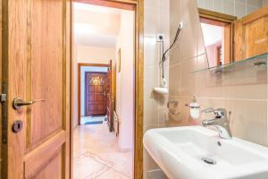 Villa Roses Apartments & Wellness, Apartmanok  Ičići - big - 84