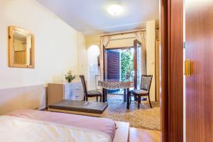 Villa Roses Apartments & Wellness, Apartmanok  Ičići - big - 81