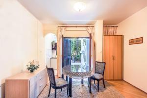 Villa Roses Apartments & Wellness, Apartmanok  Ičići - big - 79
