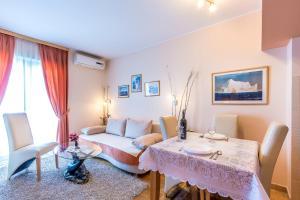 Villa Roses Apartments & Wellness, Apartmanok  Ičići - big - 76
