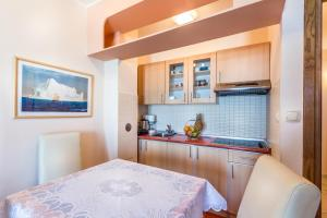Villa Roses Apartments & Wellness, Apartmanok  Ičići - big - 70