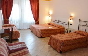 Hotel Ristorante Italia, Szállodák  Certosa di Pavia - big - 16