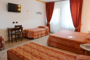 Hotel Ristorante Italia, Hotely  Certosa di Pavia - big - 14