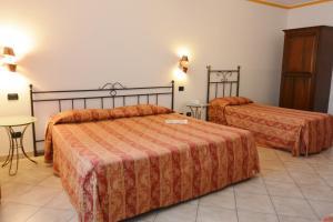 Hotel Ristorante Italia, Szállodák  Certosa di Pavia - big - 17