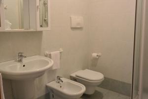 Hotel Ristorante Italia, Hotely  Certosa di Pavia - big - 43