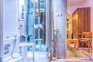 Villa Roses Apartments & Wellness, Apartmanok  Ičići - big - 171