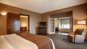 King Suite with Spa Bath - Non Smoking
