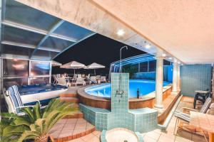 Villa Roses Apartments & Wellness, Apartmanok  Ičići - big - 183