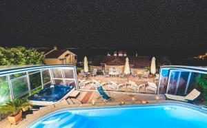Villa Roses Apartments & Wellness, Apartmanok  Ičići - big - 156