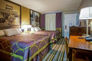 Deluxe Zimmer mit 2 Doppelbetten und Schlafsofa - Nichtraucher