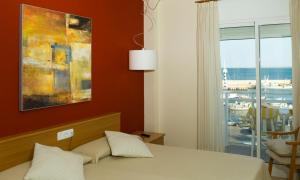 Hotel Roca Plana, Hotels  L'Ampolla - big - 7