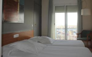Hotel Roca Plana, Hotel  L'Ampolla - big - 5
