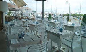 Hotel Roca Plana, Hotels  L'Ampolla - big - 11