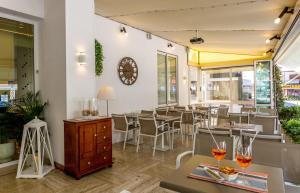 Hotel Touring, Hotels  Lido di Jesolo - big - 83