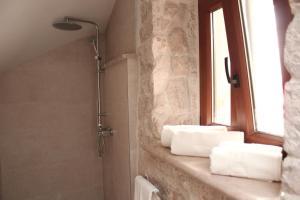 Villa Kudelik - Stone Story, Bed and breakfasts  Trogir - big - 7