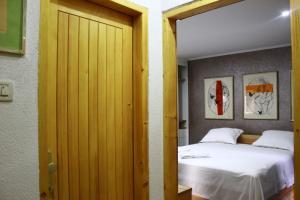 Villa Kudelik - Stone Story, Bed and breakfasts  Trogir - big - 15