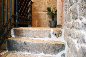 Villa Kudelik - Stone Story, Bed and breakfasts  Trogir - big - 16