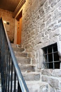 Villa Kudelik - Stone Story, Bed and breakfasts  Trogir - big - 17