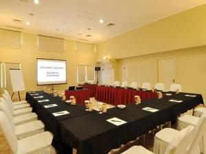 Batavia Apartments, Hotel & Serviced Residences, Апарт-отели  Джакарта - big - 28