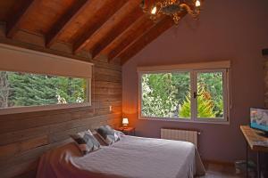 Hostería Las Cumbres, Penziony – hostince  Villa La Angostura - big - 28