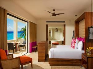 Romance Master Suite Ocean Front