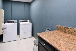 Country Inn & Suites by Radisson, Nashville Airport, TN, Hotels  Nashville - big - 20