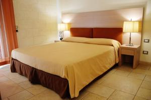 Tenuta Monacelle, Курортные отели  Сельва-ди-Фазано - big - 8
