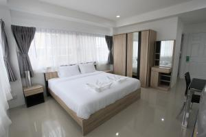 Living by Grace, Apartments  Thalang - big - 16