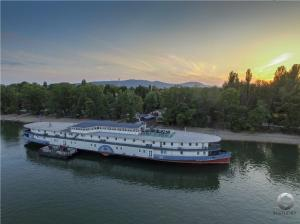 Aquamarina Hotel, Imbarcazioni  Budapest - big - 44