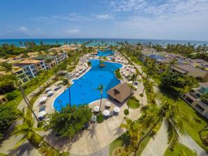 Ocean Blue & Beach Resort - Al..